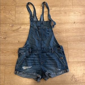 Pants - Hollister super Cute overalls shorts size med